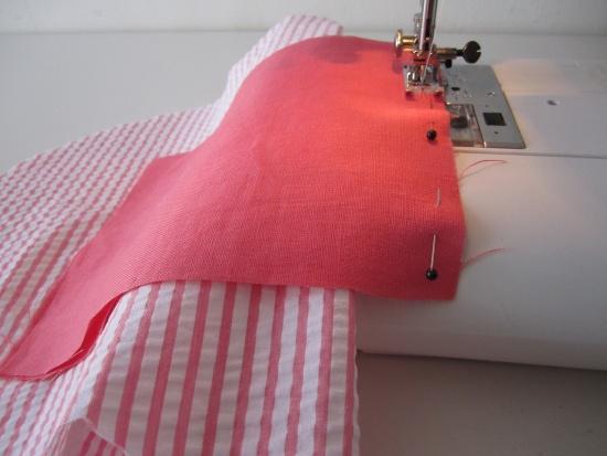 Bien replier la doublure pendant la couture