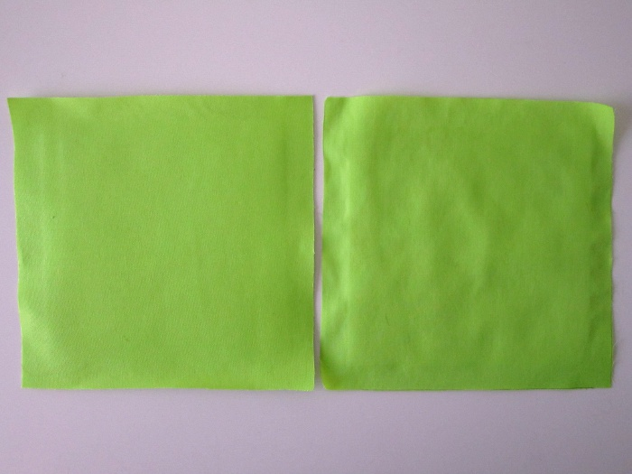 A gauche avec entoilage préalable - A droite sans entoilage préalable : molleton thermocollé à même le tissu.