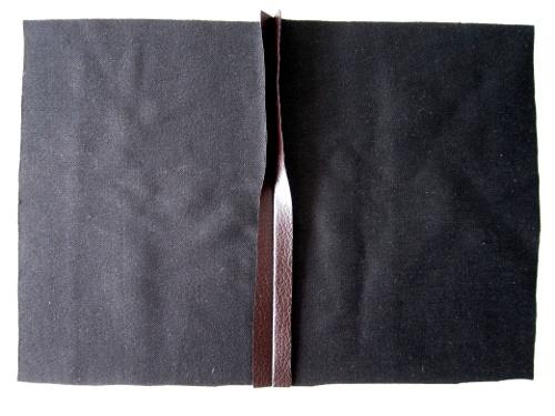Enlevez le livre et surprise !