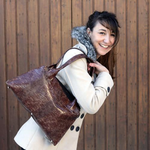 City Zip-Zip bag worn