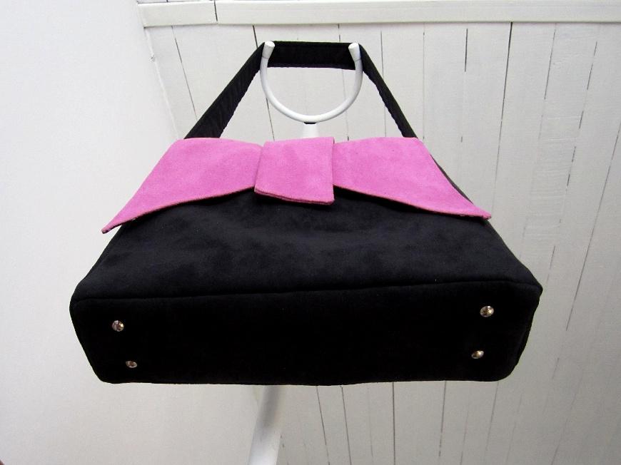 tuto poser un fond et des pieds de sac sacotin. Black Bedroom Furniture Sets. Home Design Ideas