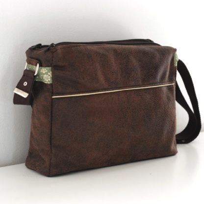 Zip-Zip messenger bag back