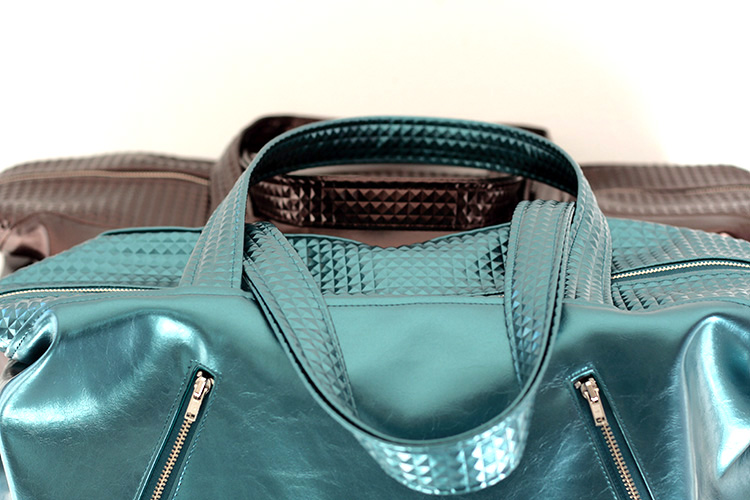 Java Medium and Large - Java travel bag pattern